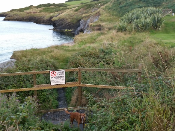 Path blocked at Gen Turn beach